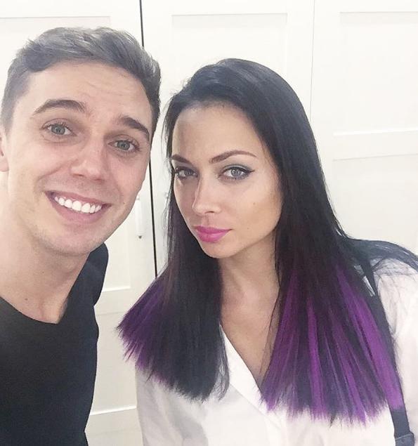 Анастасия Самбурская перекрасилась в фиолетовый
