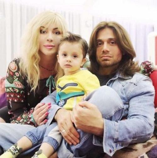 Ирина Билык впервые показала фото младшего сына