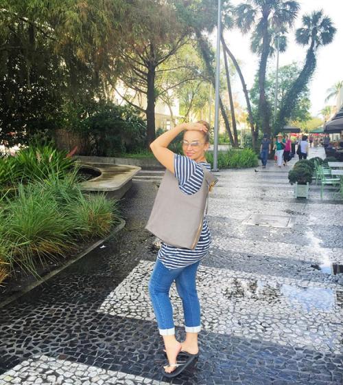 Анфиса Чехова улетела в Майами учиться