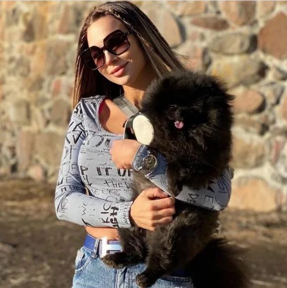 Новая девушка Шпака ответила на вопросы об их отношениях