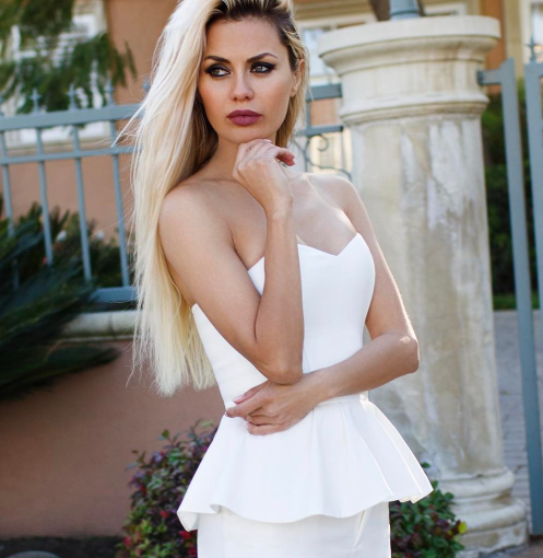 Виктория Боня оказывает секс-услуги