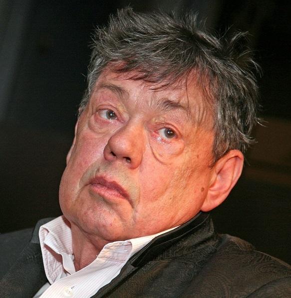 Николай Караченцов после ДТП избил женщину