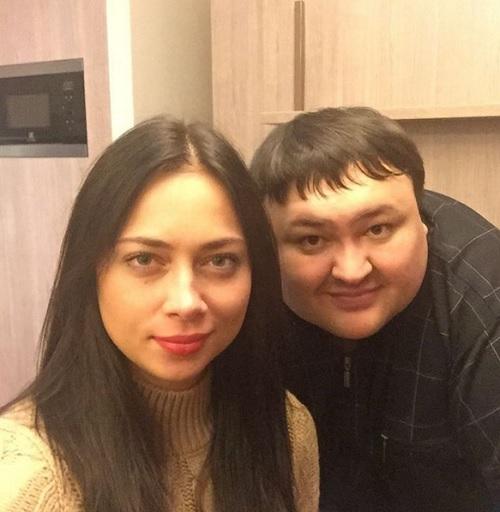 Анастасия Самбурская ходит на приемы к экстрасенсам