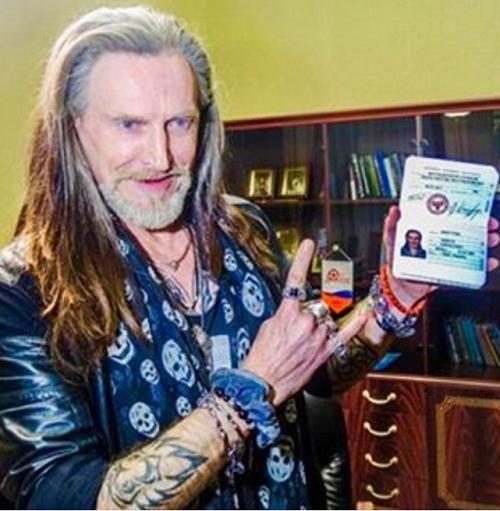 Никита Джигурда получил паспорт ДНР