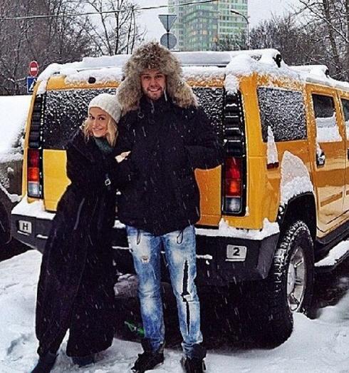 Таня Терешина вынуждена продать машину