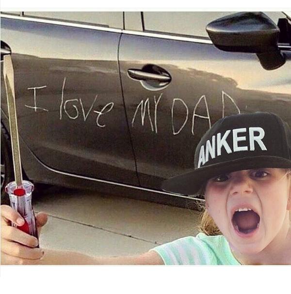 Дочь Седоковой испортила отцу машину