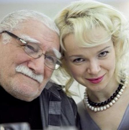 Армен Джигарханян женился