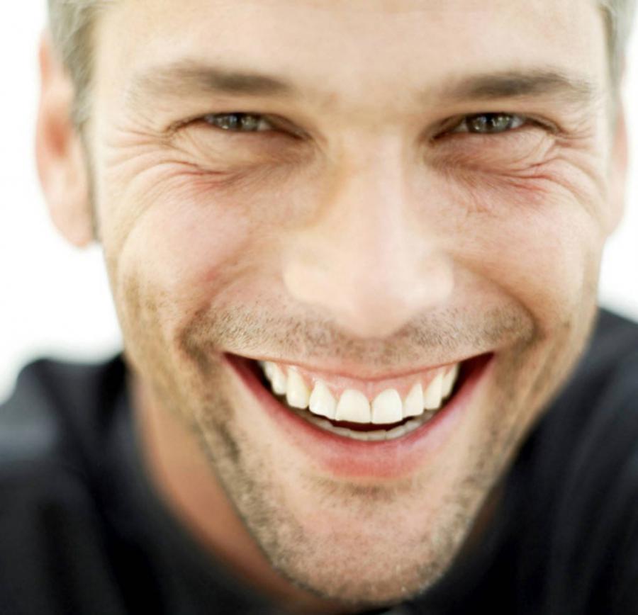 Мечтаете о белоснежной улыбке? Тогда стоматология в Киеве от клиники «Dent Family» всегда поможет Вам в этом