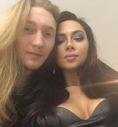 Самбурская встречается с участником Евровидения 2016