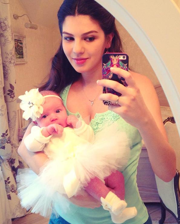 Супруга Алексея Рыжова показала дочь