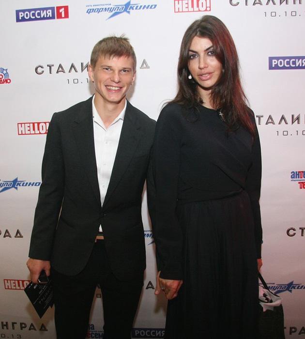 Жена Аршавина подает на развод
