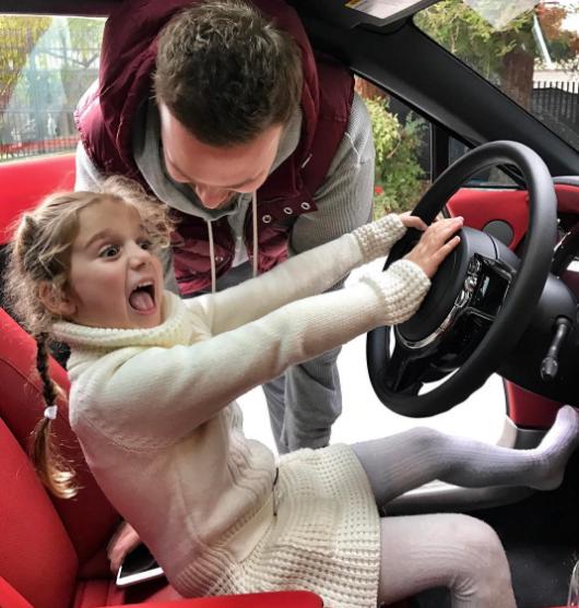 Седокова с бывшим мужем делят ребенка